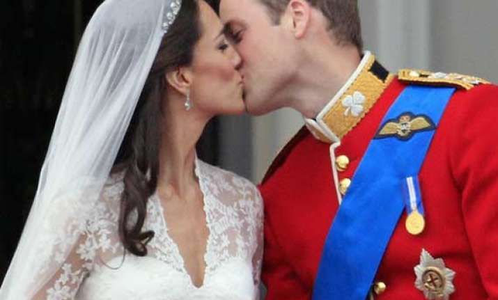britain s prince william hits 30 says kiss me kate