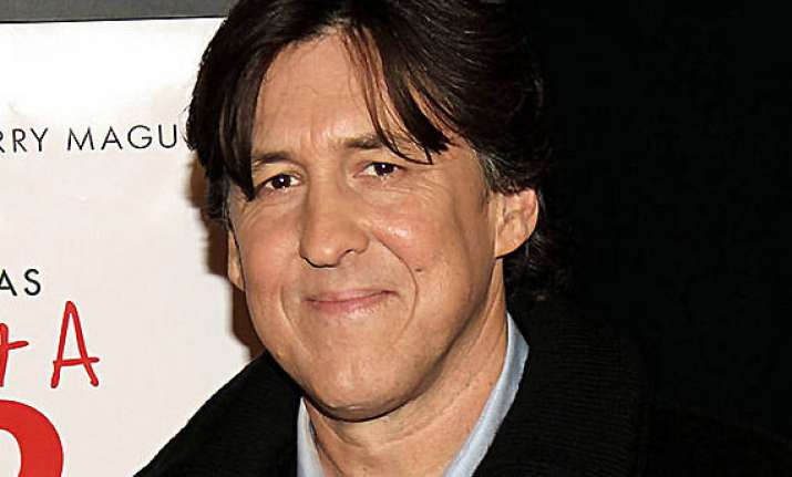 cameron crowe developing music comedy tv series