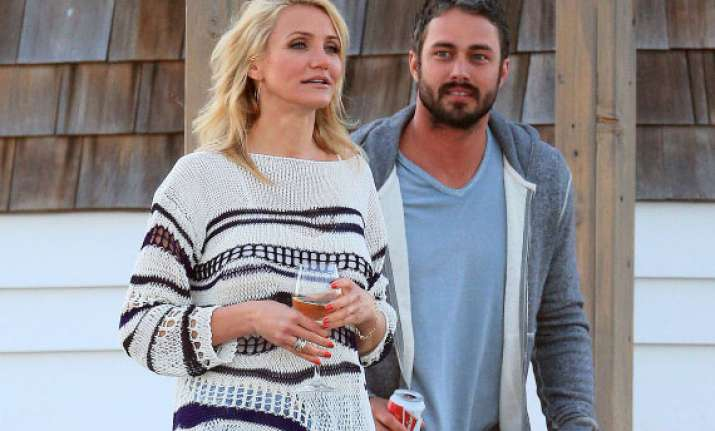 cameron diaz growing close to lady gaga s fiance