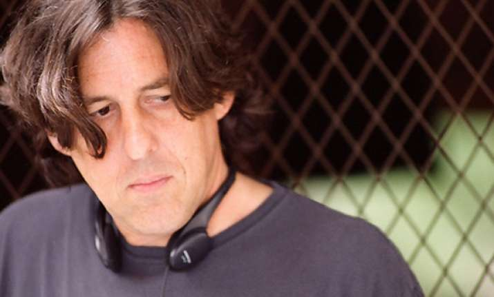 cameron crowe fulfills dj dreams as director