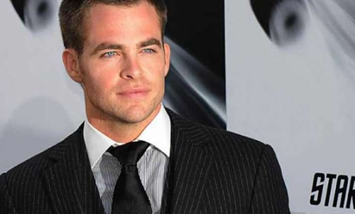 chris pine grabs a role in horrible bosses 2