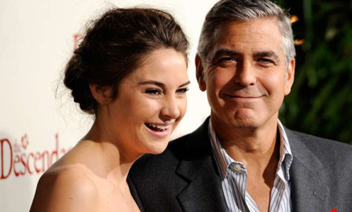 clooney s descendants leads la critics awards