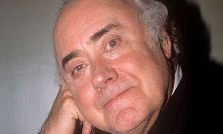 comedian victor spinetti dies age 82