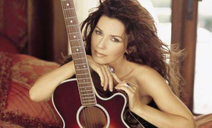 country singer shania twain gets star on hollywood walk of