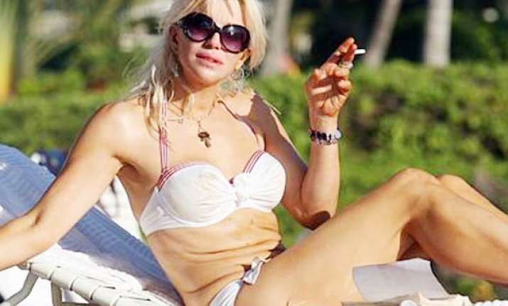 courtney love looking for british husband