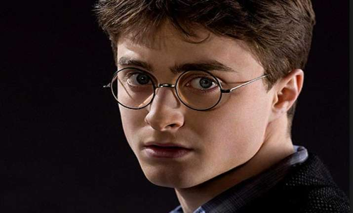 daniel radcliffe wants to play harry s father