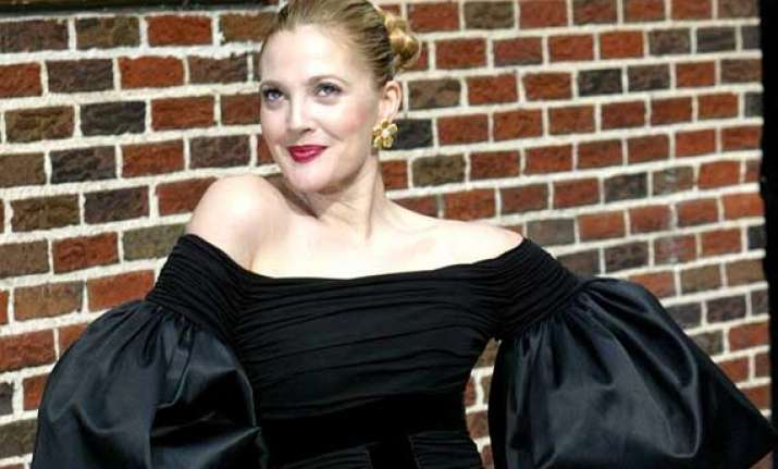 drew barrymore doesn t like tight clothes