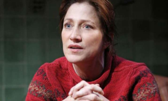 edie falco returns to theatre
