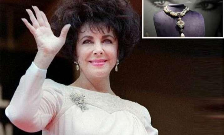 elizabeth taylor s huge pearl sold for 11.84 million