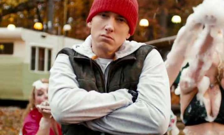 eminem apologizes to mother in headlights