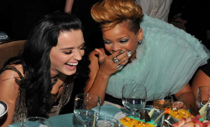 foe turn friends katy perry rihanna reunite