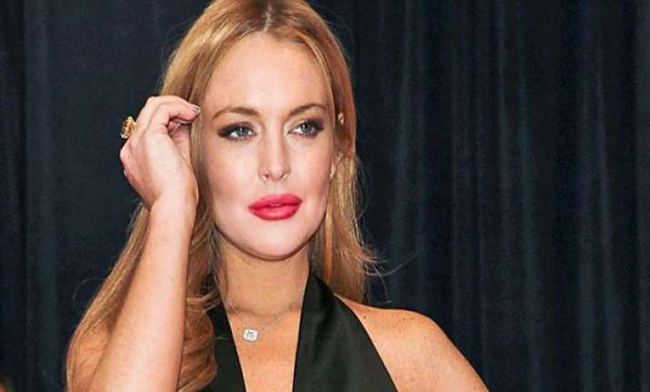 friends worried about lohan