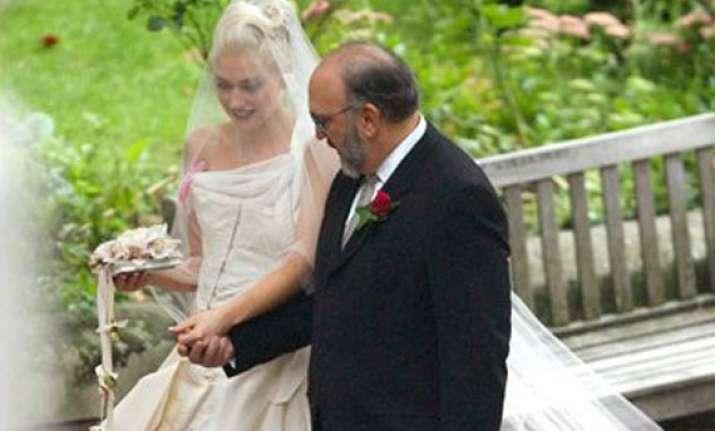 gwen stefani s wedding dress on display