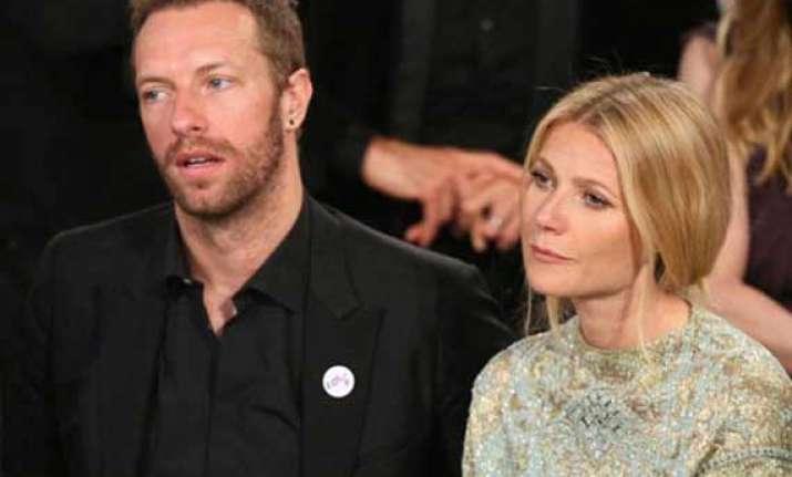 gwyneth paltrow s mom annoyed over her split news