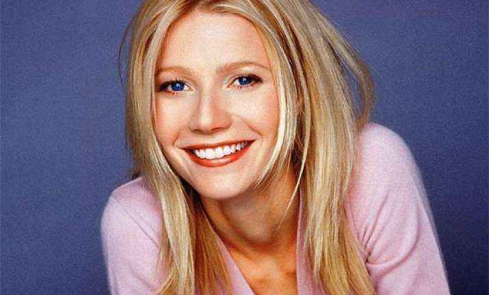 gwyneth paltrow plans to pen divorce book