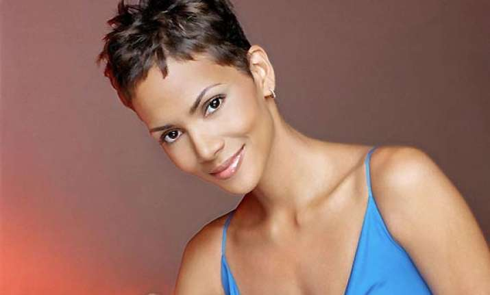 halle berry s alleged stalker charged with burglary