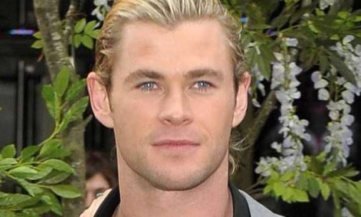 hemsworth wants star wars role