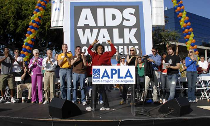 hollywood celebrities to take part in aids walk