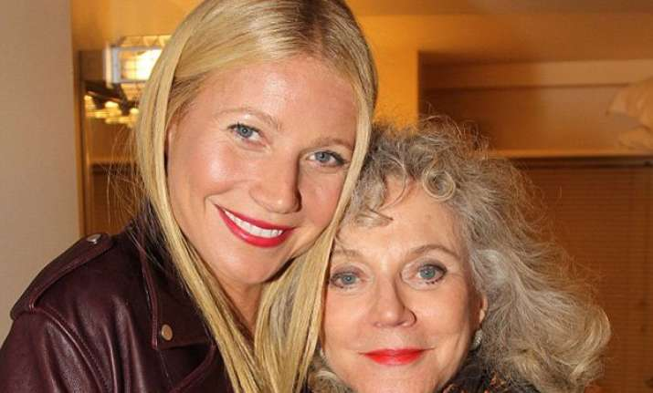 gwyneth paltrow s mother doesn t get conscious uncoupling