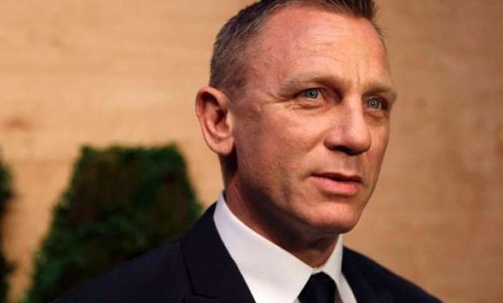 after daniel craig s accident another crew member gets hurt