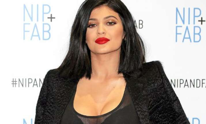 kylie jenner to launch lip kit