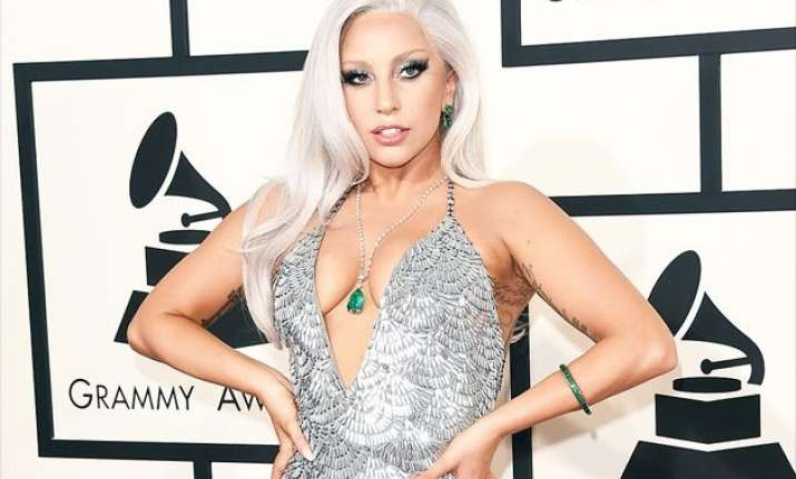 lady gaga to be honoured with contemporary icon award