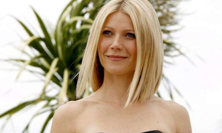 gwyneth paltrow launches collection of hip hop themed bags