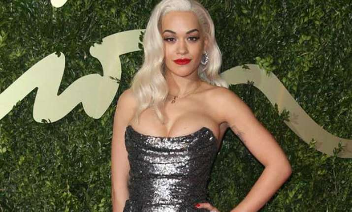 rita ora biggest fan of fifty shades of grey novels