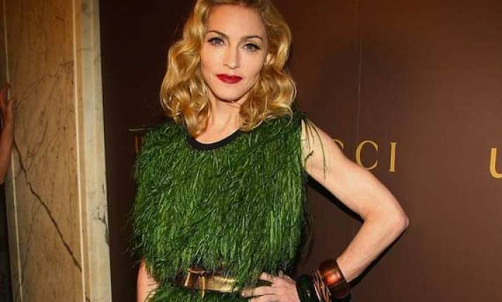 madonna s early christmas gift to her fans six new songs