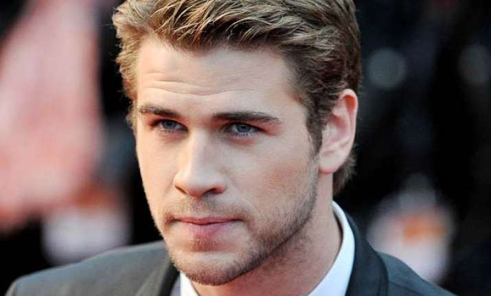 liam hemsworth offered independence day sequel