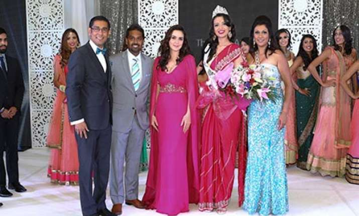 manasvi noel crowned miss india canada 2015