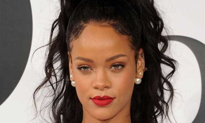 rihanna rumoured to star in dicaprio s next