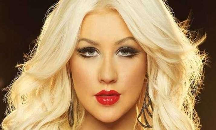 Christina aguilera topless — img 7