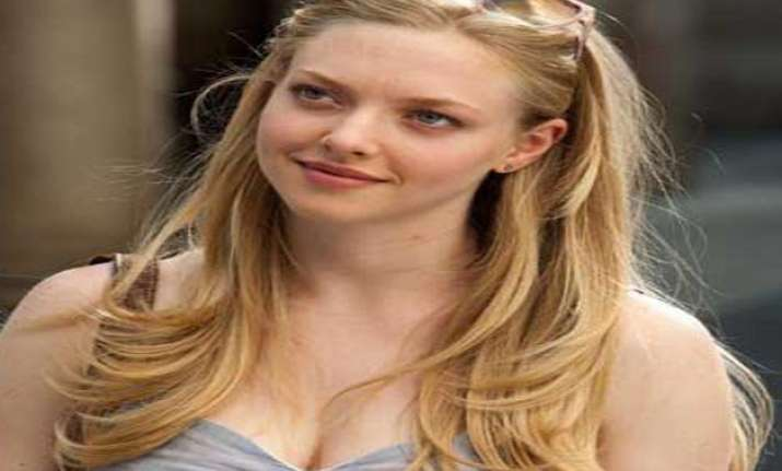 boxing helps amanda seyfried to stay fit