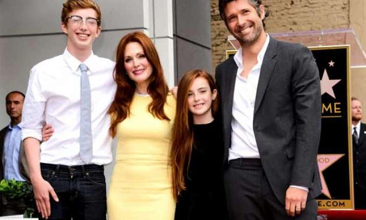 julianne moore s kids not interested in oscars