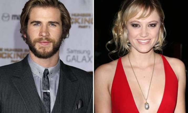 is liam hemsworth dating maika monroe