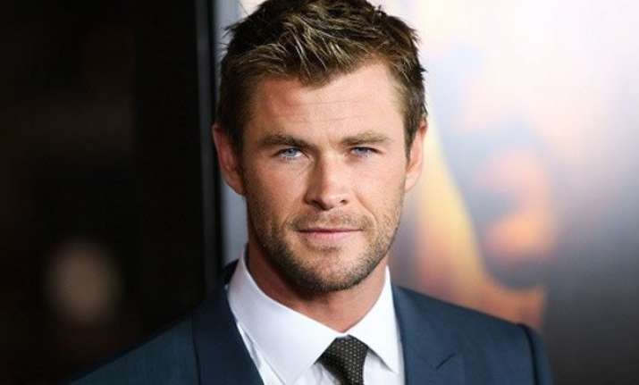 chris hemsworth and family spotted holidaying in boston