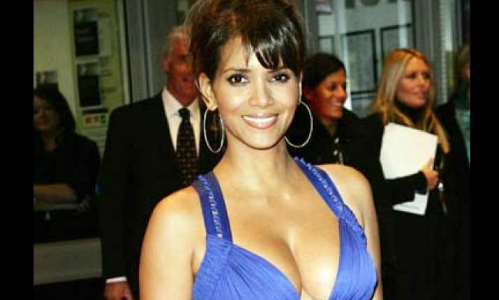 halle berry named hottest mother