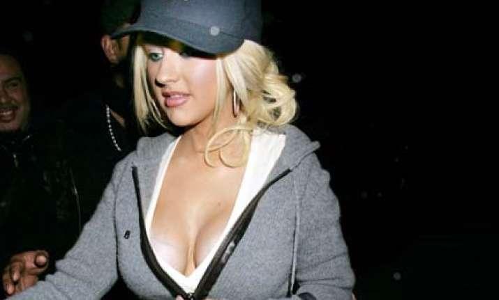 christina aguilera gets hollywood walk of fame star