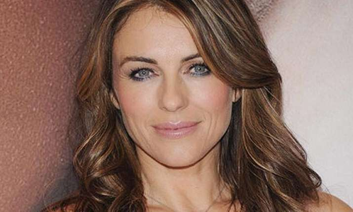 elizabeth hurley single again