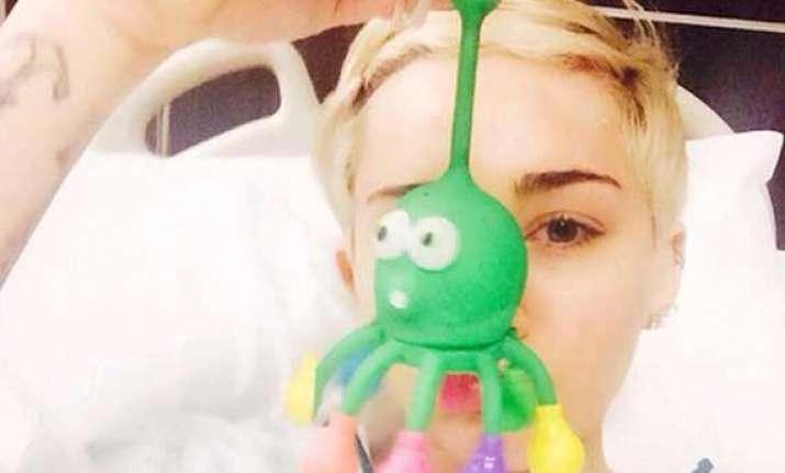 miley cyrus s sad hospital selfie sparks fan frenzy