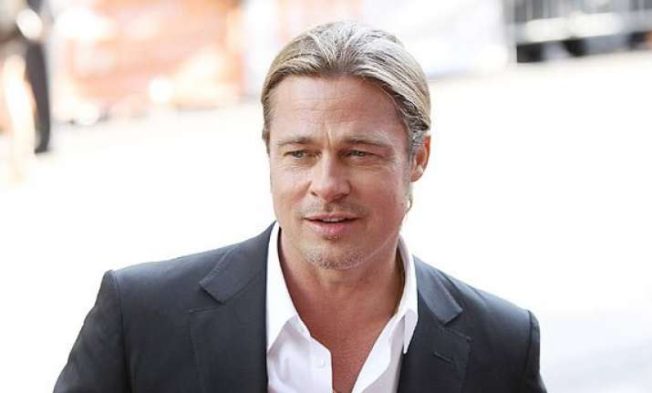 brad pitt had his first flight at 25