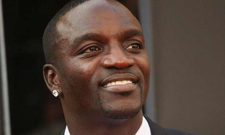 akon sued for unpaid debt