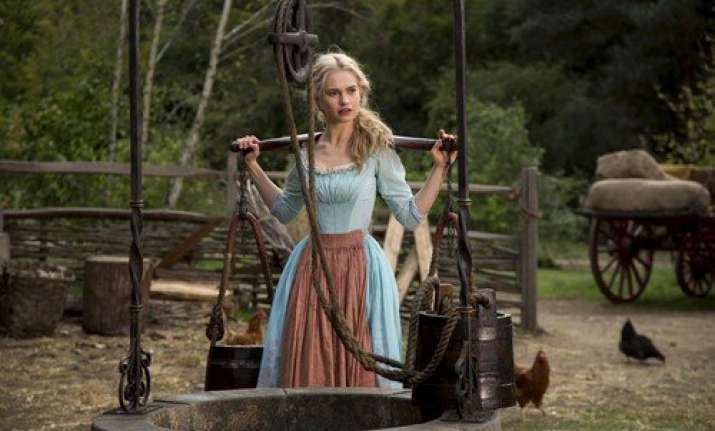 cinderella movie review a bit of courage kindness and magic