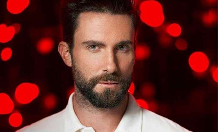 adam levine paid fan s rent for a month