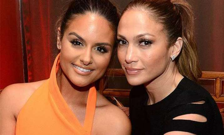 jlo s surprise appearance on her backup singer s birthday