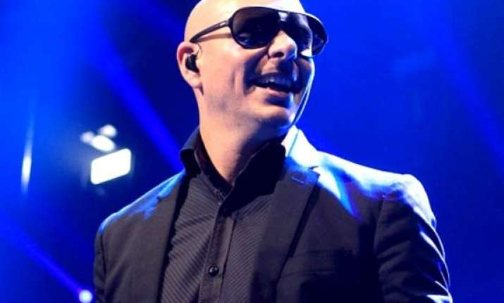 pitbull to host 2014 american music awards