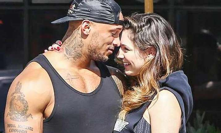 david mcintosh keen to marry kelly brook