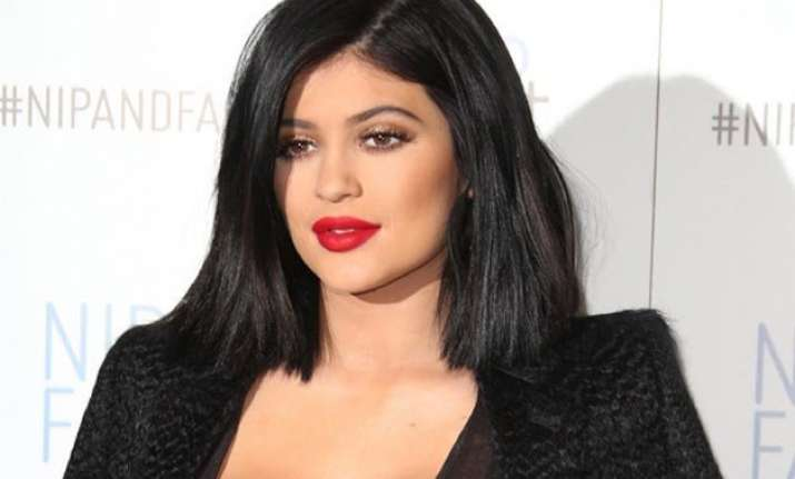 kylie jenner offered 10 mn to make sex tape with beau