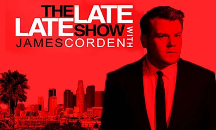 hanks kunis to appear on the late late show